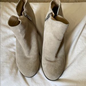 Like new Kenneth Cole Reaction booties